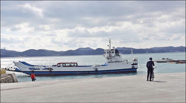 통영시 해양쓰레기 운반선 다목적 활용-운반선.jpg